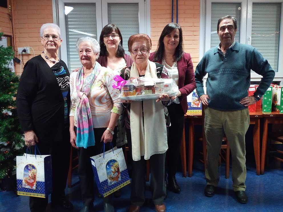 Los hogares de jubilados de Santurtzi celebran la Navidad con un amplio programa de actividades