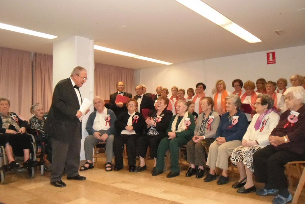La Coral 'Roger de Llúria' de la Residencia y Centro de Día de Reus protagonista en un emotivo concierto de hermandad