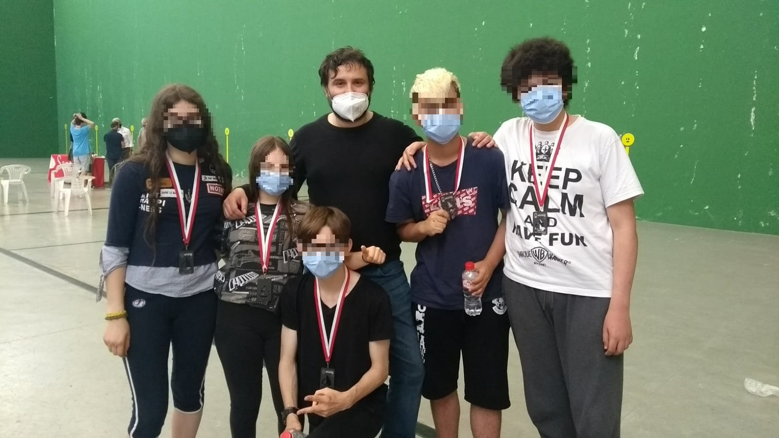 """Jóvenes usuarios/as del CAEM """"Valle de Cayón"""" participan en el «VII Torneo Ajedrez Escolar Semana Bansander»"""